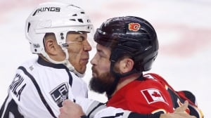 Iginla helps Kings sink Flames with Gordie Howe hat trick in Calgary