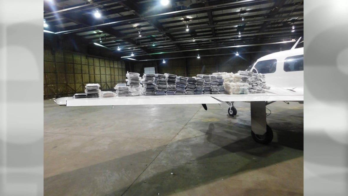 Quebecers Charged After Cocaine Cargo Found On Plane After Emergency Landing In Ohio Montreal
