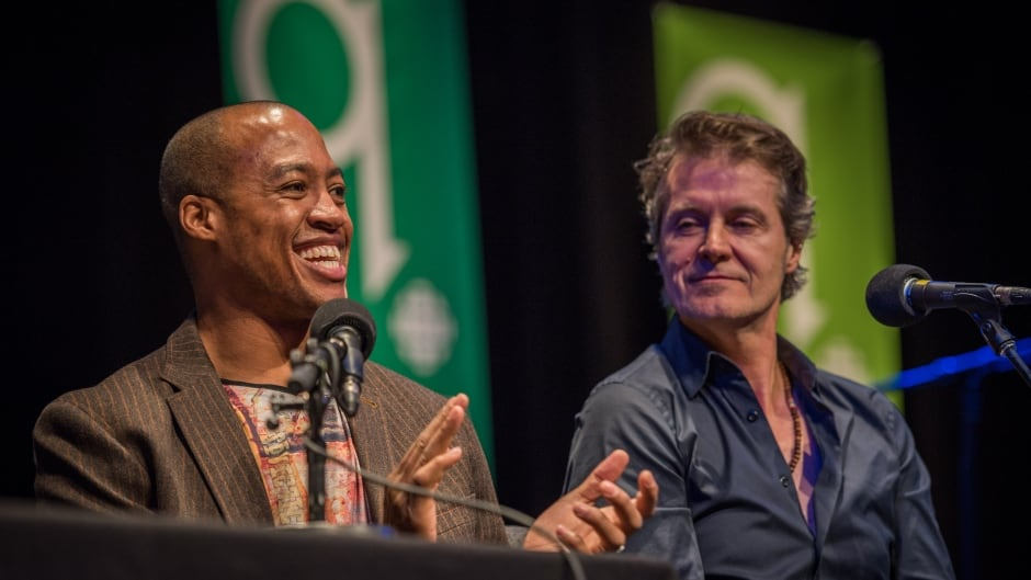 Former Ottawa Red-Blacks quarterback, Henry Burris and Blue Rodeo frontman, Jim Cuddy at q Live at the Junos.