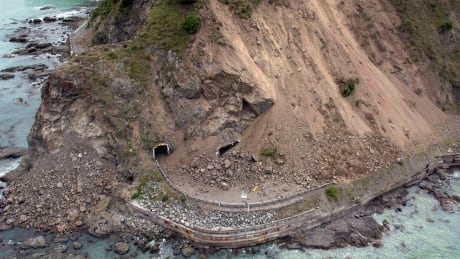 UVic-led team discovers active fault line beneath Greater Victoria