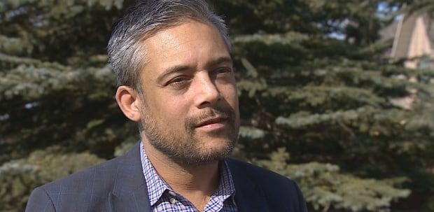 how to become a political staffer canada
