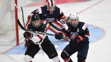 canada-us-womens-hockey-