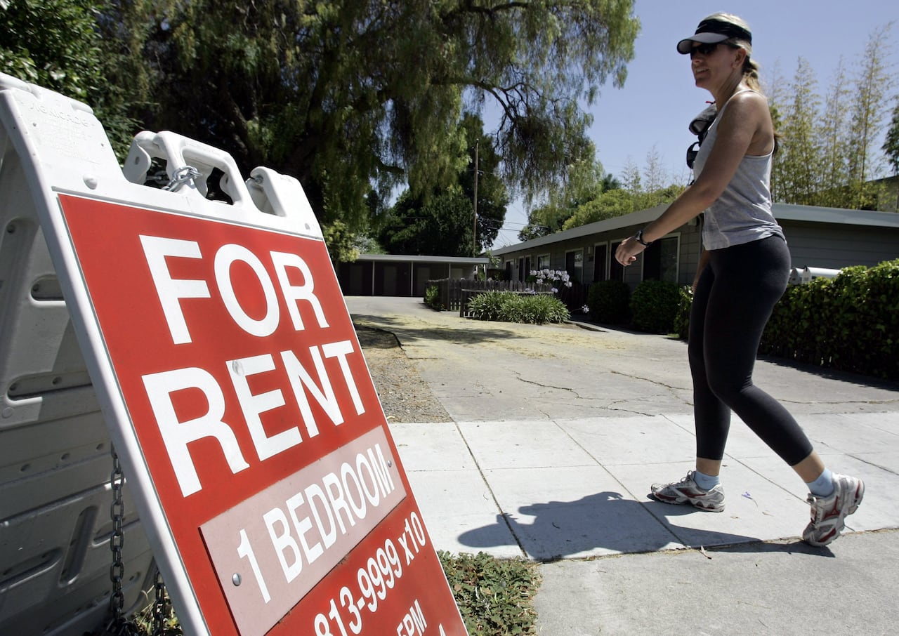 It's next to impossible to pay the rent working full time for minimum wage, new report calculates