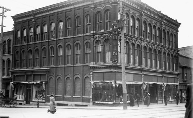 Bank and O'Connor 1909