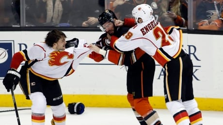 Insane, Fight-filled 3rd Period Overshadows Flames Loss To Ducks (video)