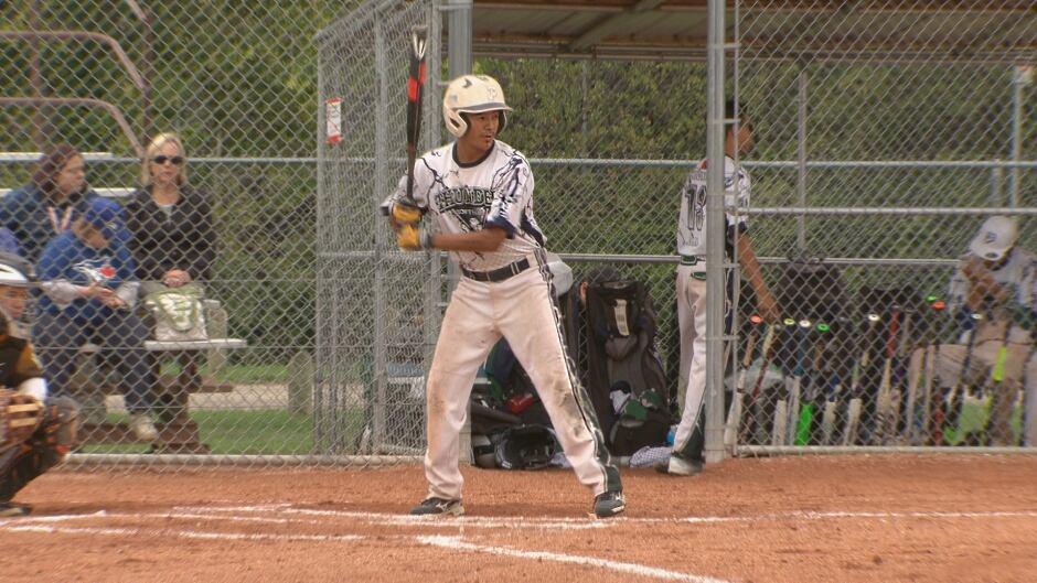 Vince Gill softball
