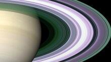 Detailed look at Saturn's rings