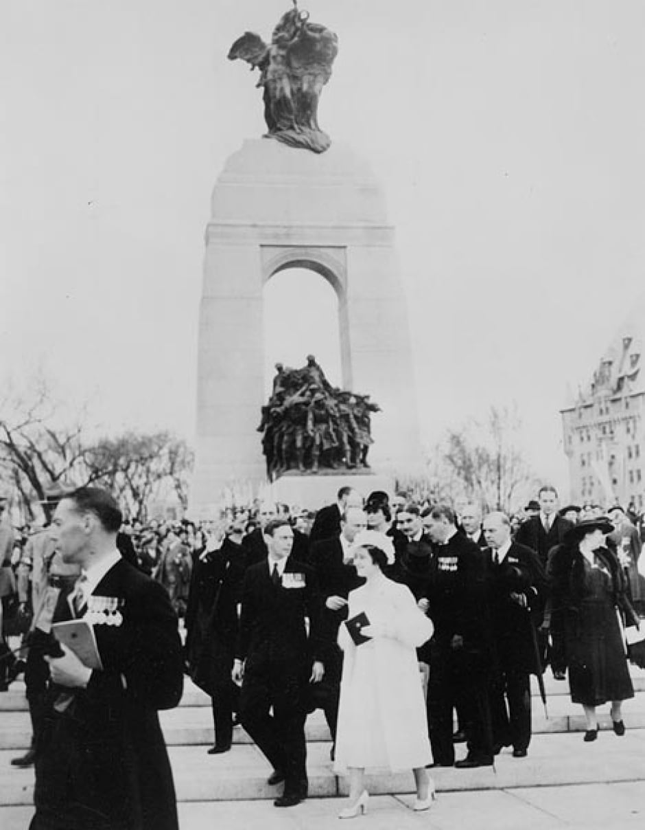King George and Queen Elizabeth 1939 Ottawa National War Memorial
