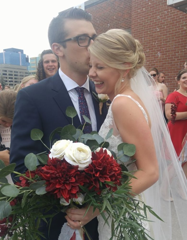 The 'wedding share' and other tips for saving money when getting married
