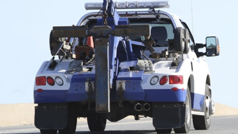 Tow Truck Ottawa >> Tow Truck Operator Leaves Driver On Hook For 2k Bill Cbc News