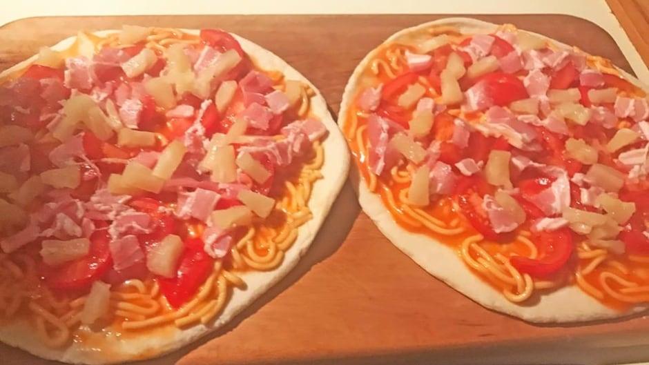 Behold tinned-spaghetti Hawaiian pizza, courtesy of New Zealand's prime minister.