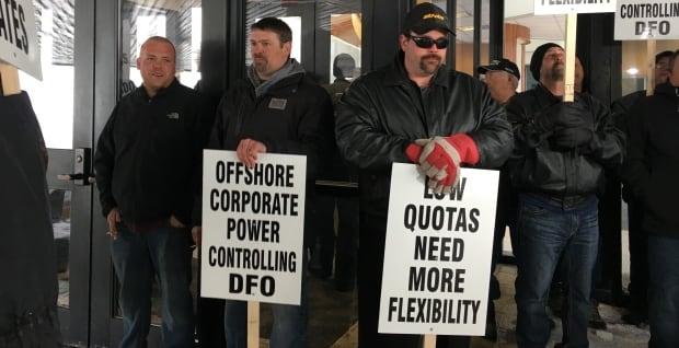 DFO protest White Hills