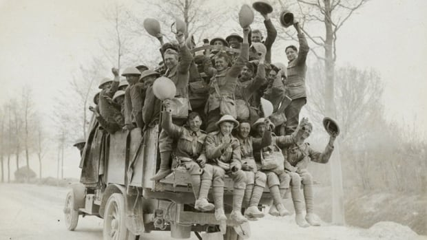 Vimy at 100: Canadian soldiers cheer