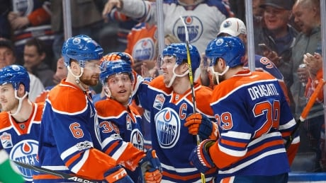 Oilers Light Up Canucks On McDavid's Milestone Night