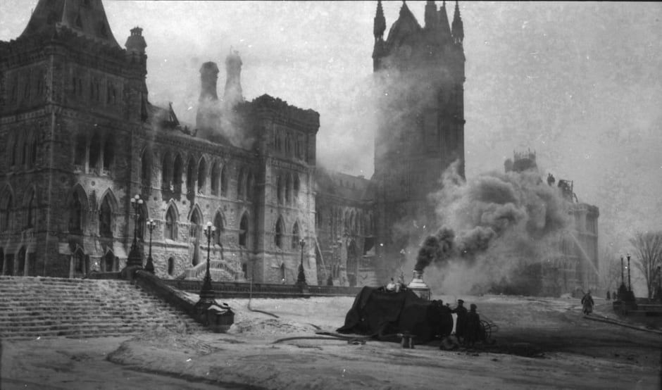 Parliament buildings fire of 1916