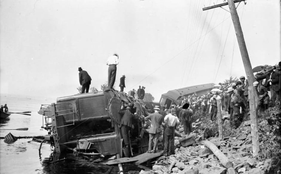 Ottawa train wreck 1913