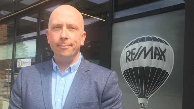 Calgary real estate agent Graeme McInnis says he's seeing signs of a rebound in home sales in some parts of the city.