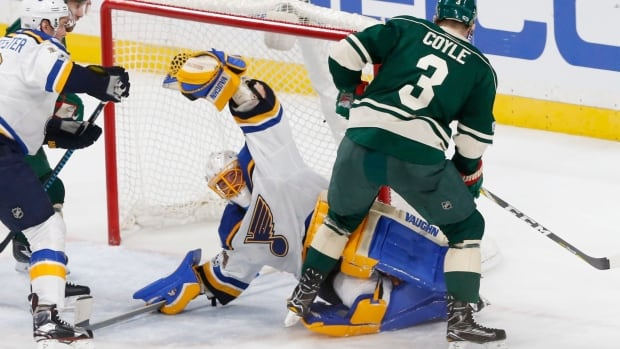 Wild fall behind 2-0 after Game 2 loss to Blues