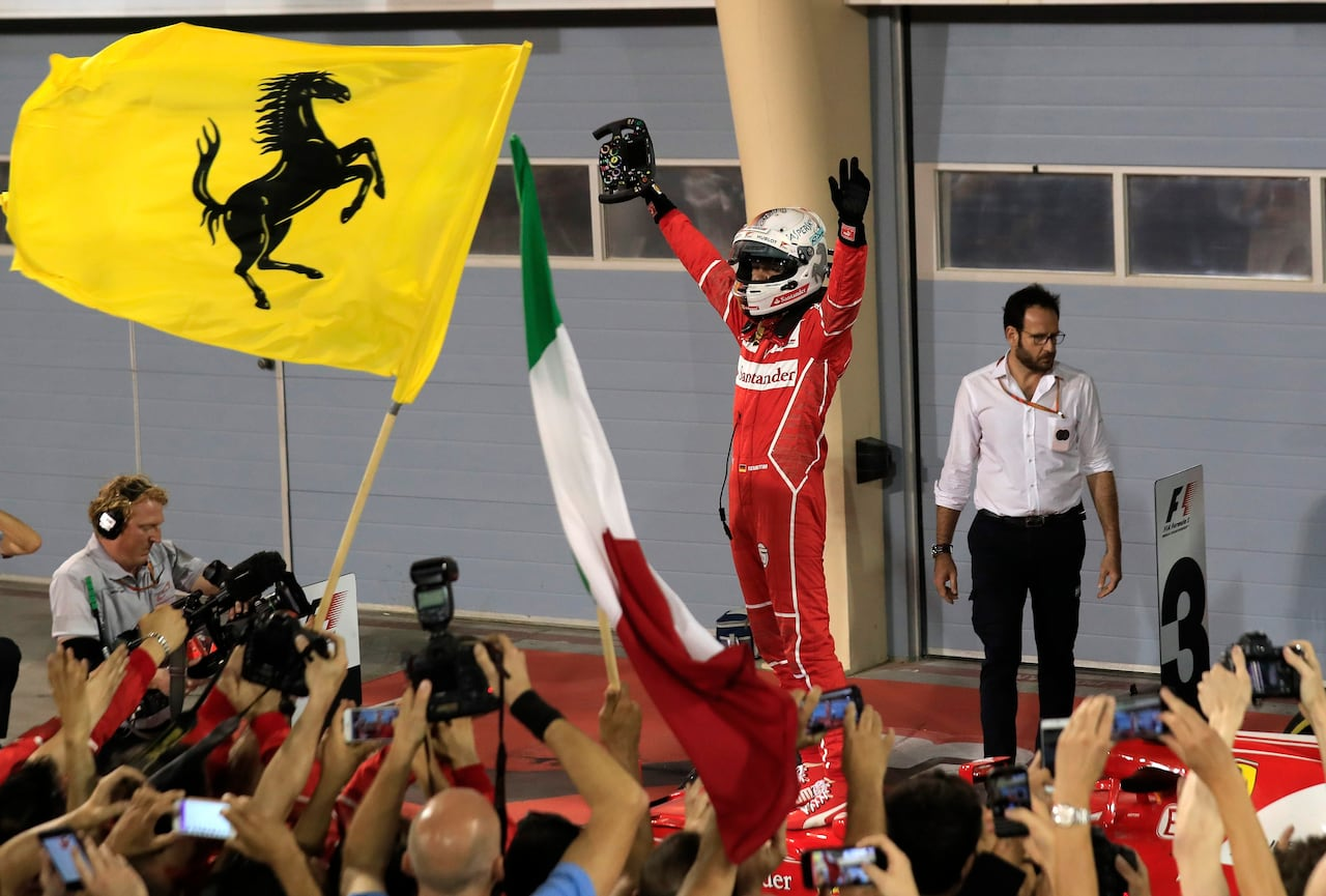 Vettel Holds Off Late Hamilton Charge To Win Bahrain Gp Cbc Sports