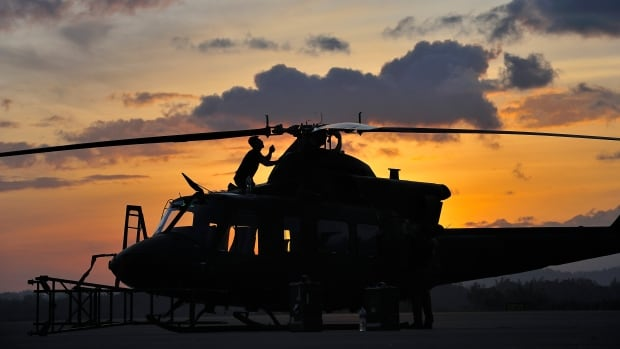 Edmonton helicopter squad heads to Iraq to replace Quebec squadron