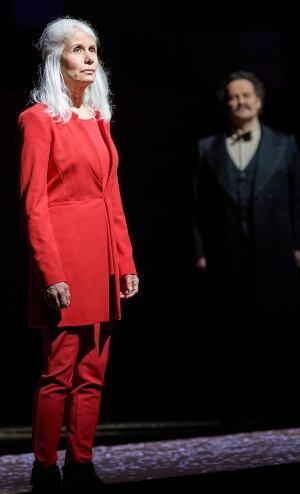 Jani Lauzon in Louis Riel opera