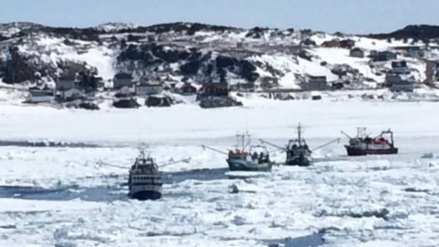 Heavy ice is making it impossible for fishermen from the Twillingate area to get to their crab fishing grounds.