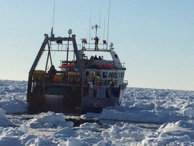 Derrick Bath polar Venture