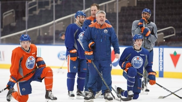 Oilers look to regroup after 7-0 loss in game 4