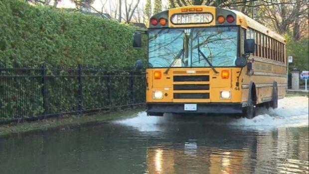Laval school bus flooding