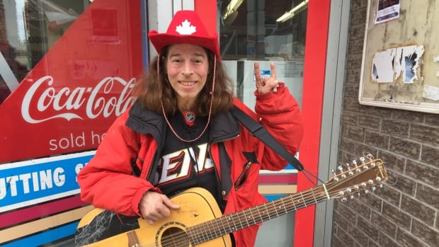 Busker Marco Barbery says the Senators' current playoff run is bringing a lot of positive energy to the city.