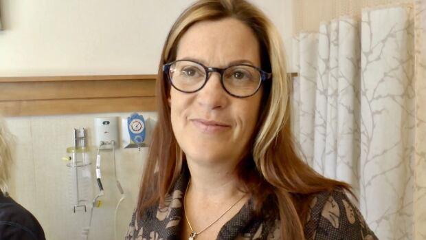Dr. Mireille Lecours