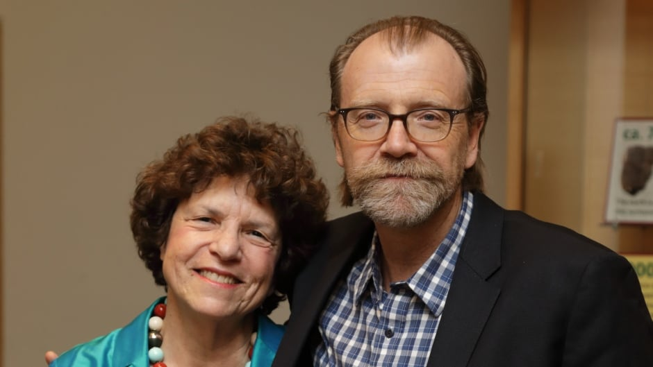 Eleanor Wachtel and George Saunders at the Toronto Public Library. Photo credit: Clive Sewell
