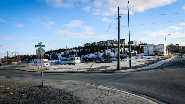 The Franklin/School Draw lot is a triangle of barren, unpaved land presently used for parking almost by default. Money has been set aside to pave the lot this year, but some city councillors say the project should be held until decisions are made on a public washroom on the site.
