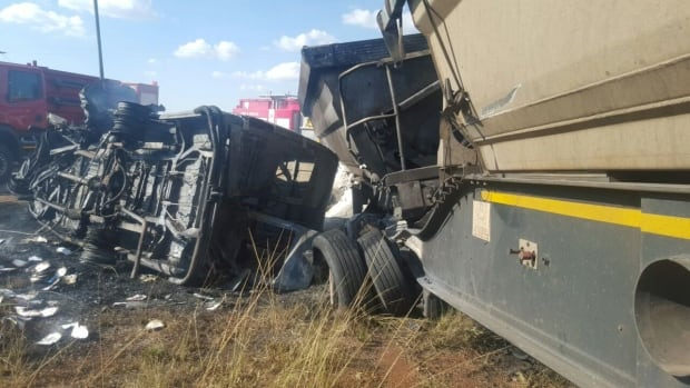 south-africa-bus-crash-children