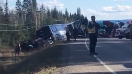 grehound crash quesnel