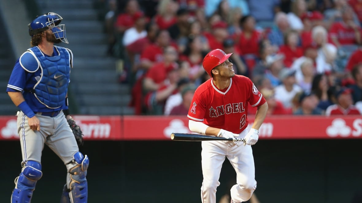 Jays give Angels late scare but can't erase 3rd-inning stumble