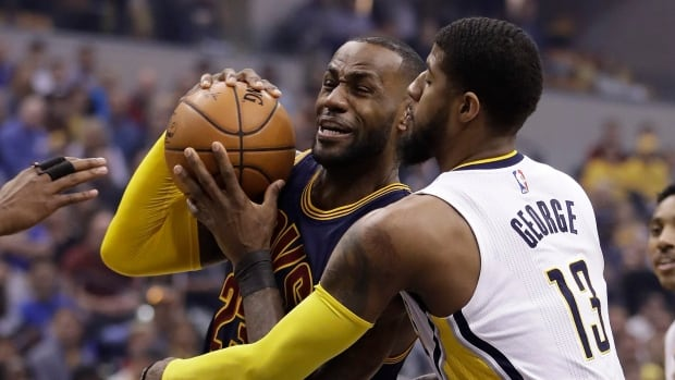 LeBron leads historic 2nd-half charge as Cavs rally past Pacers