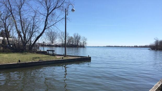 lake ontario missing man
