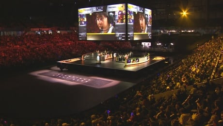 16K eSports fans pack Vancouver arena for League of Legends championship