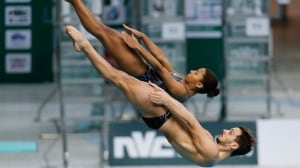 Jennifer Abel ties Canadian diving record with mixed synchro bronze