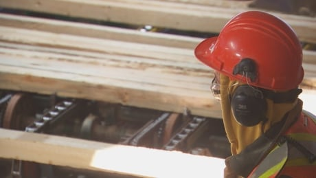 Canfor announces temporary shutdown of B.C. lumber mills