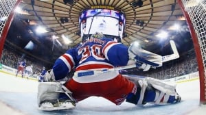 Warning to Senators: Lundqvist has been lights out