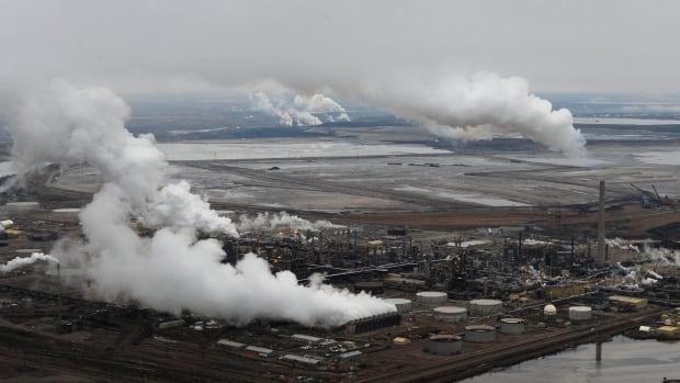 oil sands emissions
