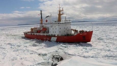 icebreaker-henry-larsen