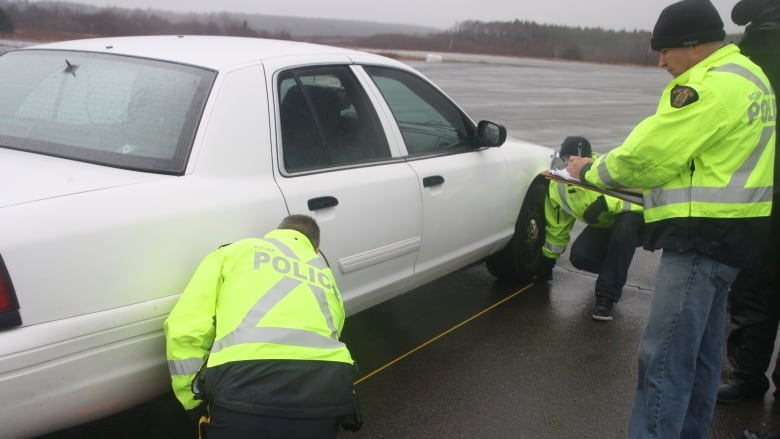 How the RCMP trains investigators to reconstruct car accidents | CBC ...