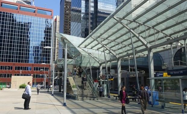 Fourth Street LRT station