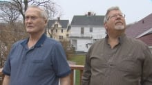 Ronald Thurlow and Marc Glassman says the stink gets higher as temperatures rise.