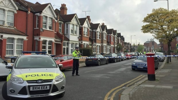 British Counterterrorism Police Shoot A Woman And Arrest 6 Other Suspects