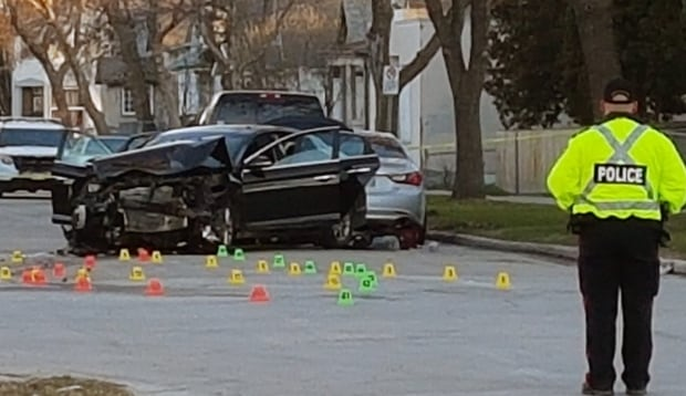 Winnipeg police officers checked at hospital after cruiser crunched during chase