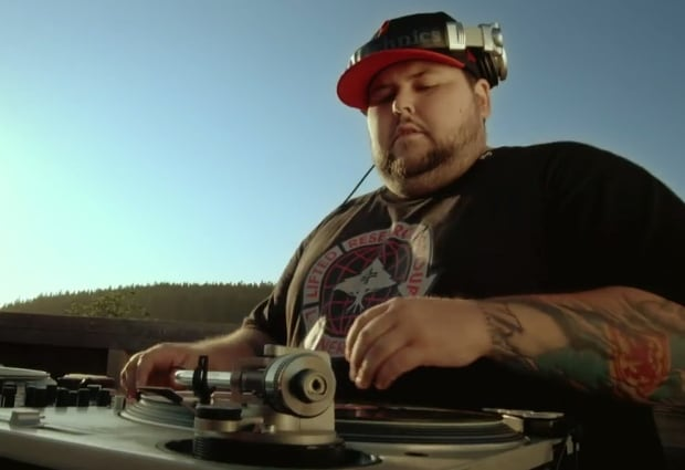DJ IV